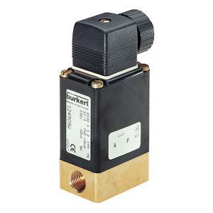 Burkert宝德直动式两位两通或两位三通转动衔铁电磁阀类型 0330 / 货号 26248