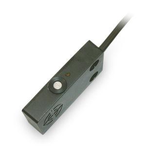 Bernstein电容式传感器 矩形塑料外壳